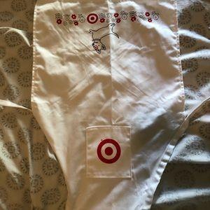 Toddlers target apron